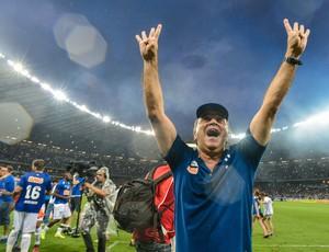 Marcelo Oliveira Cruzeiro comemoração campeão 2014 (Foto: Pedro Vilela / Getty Images)