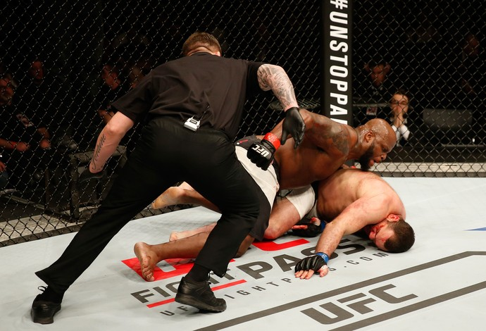 Derrick Lewis Gabriel Napão UFC Croácia (Foto: Getty Images)
