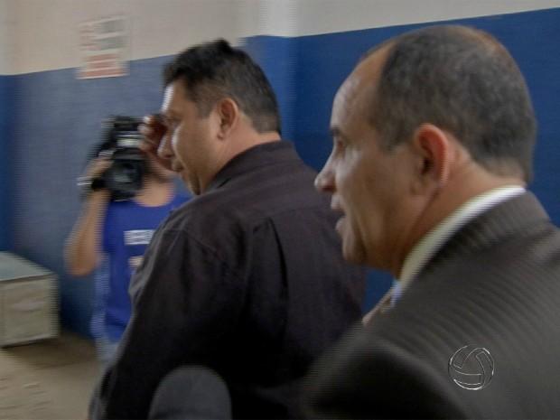 Segurança confessou assassinato de jovem e se apresentou na delegacia (Foto: Reprodução/ TV Morena)