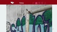 Parceiro registra arame amarrado em trave de quadra, na Serra