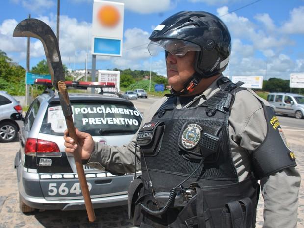 Sargento da PM passava pelo local quando viu as vítimas feridas e conseguiu realizar a prisão do suspeito (Foto: Walter Paparazzo/G1)