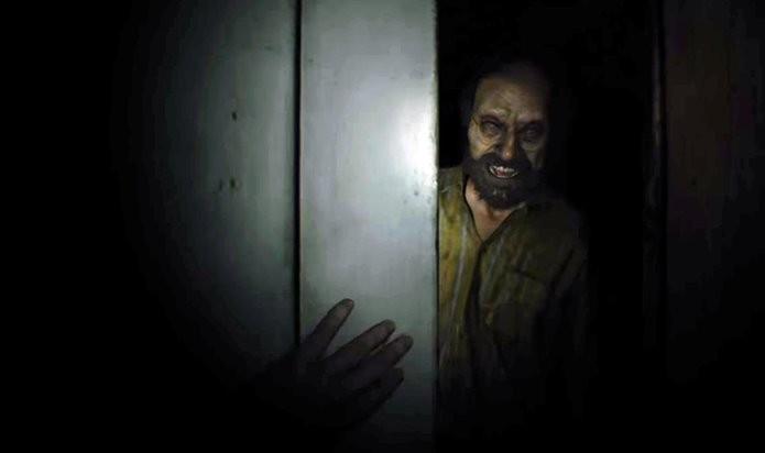 Agilidade é importante para fugir sem ser atingido em Resident Evil 7 (Foto: Reprodução/Felipe Demartini)