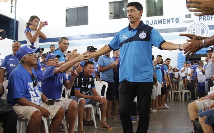 Betinho, apresentação, confiança, treinador (Foto: Osmar Rios / GloboEsporte.com)