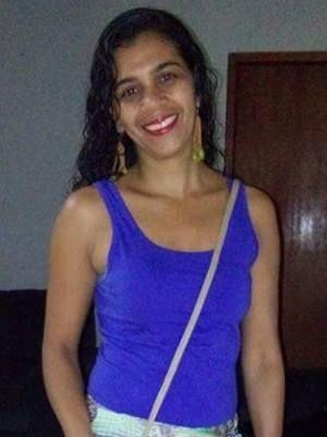 Família procura por universitária que sumiu após ir à faculdade, em Goiás (Foto: Arquivo pessoal)