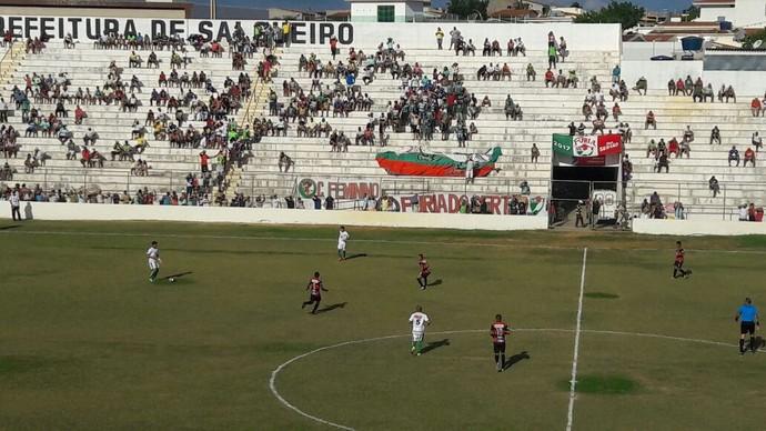 Salgueiro x Flamengo-PE (Foto: Isa Mendes/TV Grande Rio)