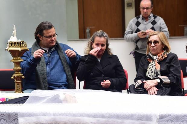 Nancy e Apollo Goulart de Andrade, filhos do jornalista Goulart de Andrade (Foto: Leo Franco /EGO)
