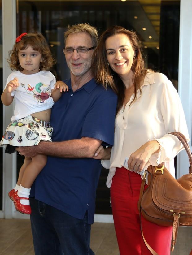 Herson Capri, Susana Garcia e Sofia (Foto: Roberto Teixeira / EGO)