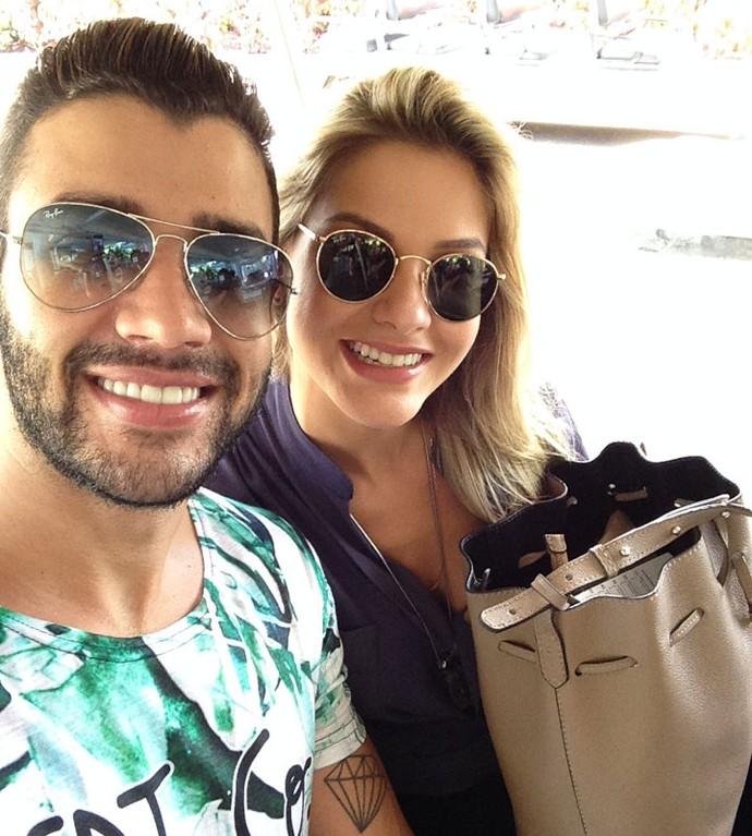 Gusttavo Lima e Andressa Suita no Projac (Foto: Vinícius Cunha/Gshow)