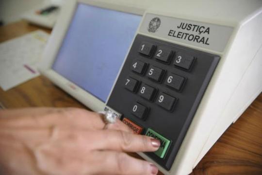Datafolha: 67% dos brasileiros são contra reeleição de presidentes