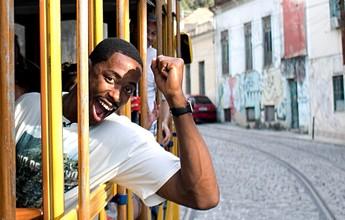 Quase carioca, Meyinsse, ex-Fla, vira repórter e entrevistará astros dos EUA