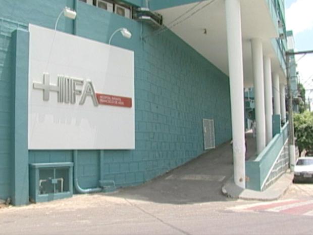 Menina foi transferida para o Hospital infantil de Cachoeiro de Itapemirim, mas não resistiu (Foto: Reprodução/TV Gazeta Sul)