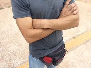 Ex-soldador de petrolífera venezuelana  (Foto: Emily Costa/ G1 RR)