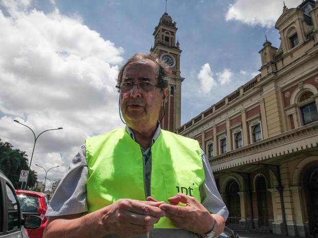 José Teófilo, engenheiro pesquisador do IPT, fala à imprensa sobre vistoria no Museu da Língua Portuguesa após incêndio (Foto: Fábio Tito/G1)