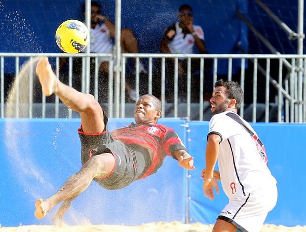 Flamengo Vasco futebol de areia (Foto: Wander Roberto/Inovafoto)