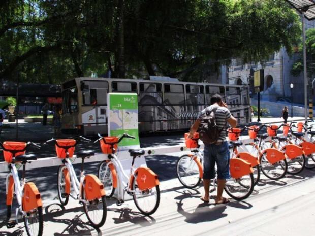 Bicicletas de uma das estações do Bike Santos (Foto: divulgação - Prefeitura de Santos)