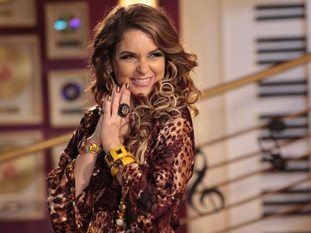 Chayene não gosta nem um pouco da moradora inesperada (Foto: Cheias de Charme / TV Globo)