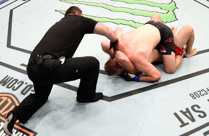 Aleksei Oleinik x Viktor Pesta UFC Phoenix (Foto: Getty Images)