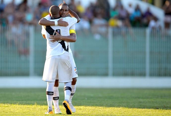 Anderson Salles comemora gol do Vasco contra o Boavista (Foto: Pedro Martins / Agência estado)