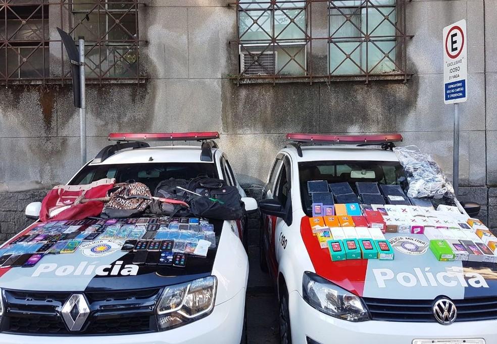 Ao menos 125 celulares foram furtados de loja no Centro de Santos, SP (Foto: Divulgação/Polícia Militar )