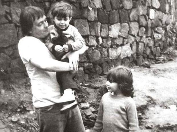 Gianfracesco Guarniei com Walter e sua irmã, Regiane.