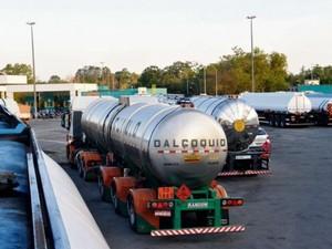 Atraso na entrega deixa postos sem gasolina no Espírito Santo  (Foto: Fernando Estevão/ TV Gazeta)