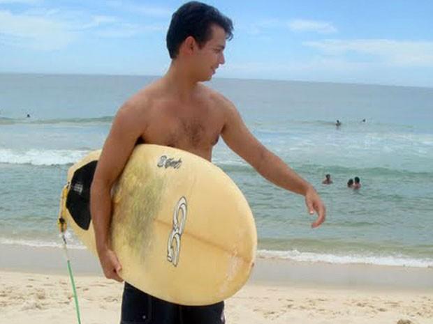 Surfista morreu afogado em 2009 e é candidato a se tornar santo (Foto: Arquidiocese / Divulgação)