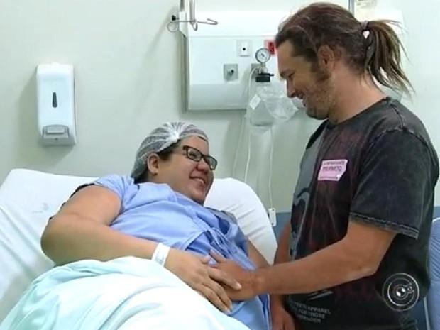 Vanessa só descobriu a gravidez aos nove meses de gestação (Foto: Reprodução/TV TEM)