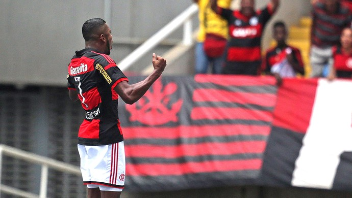 Marcelo Cirino, Flamengo X Friburguense (Foto: Marcio Alves / Agência O Globo)