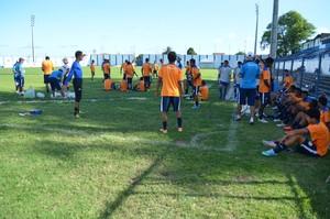 Confiança, treino (Foto: Felipe Martins / GloboEsporte.com)