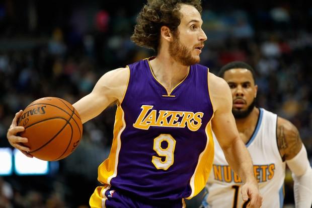 """Huertas se esconde atrás de técnico e redefine o termo """"roubo de bola"""" na NBA"""
