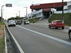 Mulher morre atropelada ao tentar atravessar avenida em Manaus