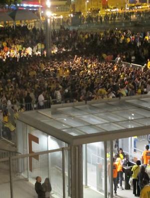Fila para entrar no estádio mineirão Brasil x Chile (Foto: Tarcísio Badaró)