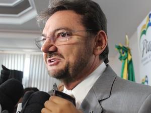Governador Wilson Martins diz que gestão terá mudanças em 2014 (Foto: Gilcilene Araújo/G1)