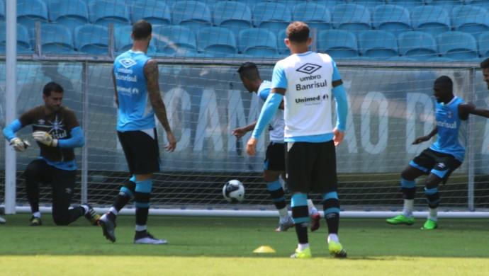 Gol Pedro Rocha treino Grêmio (Foto: Eduardo Moura/GloboEsporte.com)