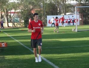 Dátolo no treino do Inter (Foto: Tomás Hammes / GLOBOESPORTE.COM)