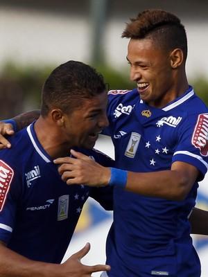 Neilton, atacante do Cruzeiro (Foto: Washington Alves / Light Press)