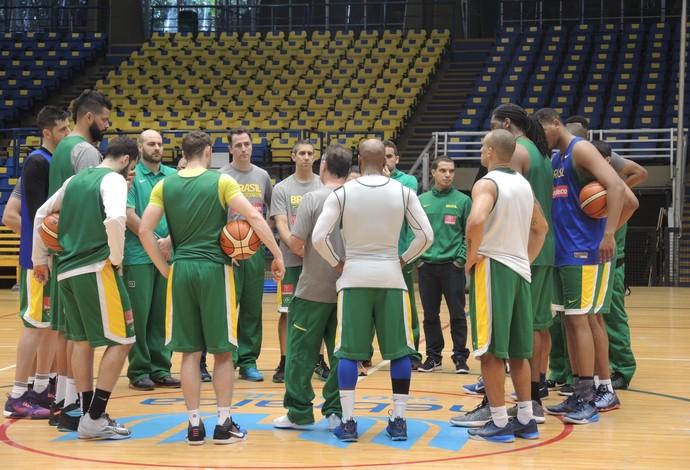 Seleção brasileira masculina basquete treino Hebraica (Foto: David Abramvezt)
