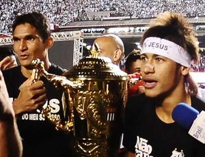 Durval e Neymar Santos campeão paulista (Foto: Marcos Ribolli / Globoesporte.com)