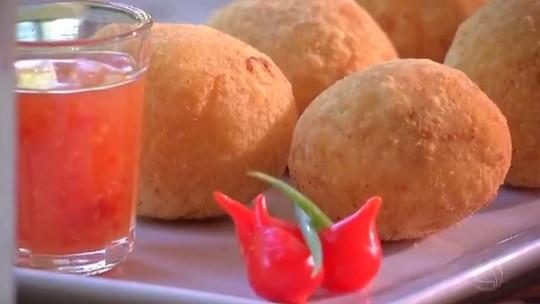 Que tal aprender a fazer um bolinho que é a cara de Mato Grosso do Sul?