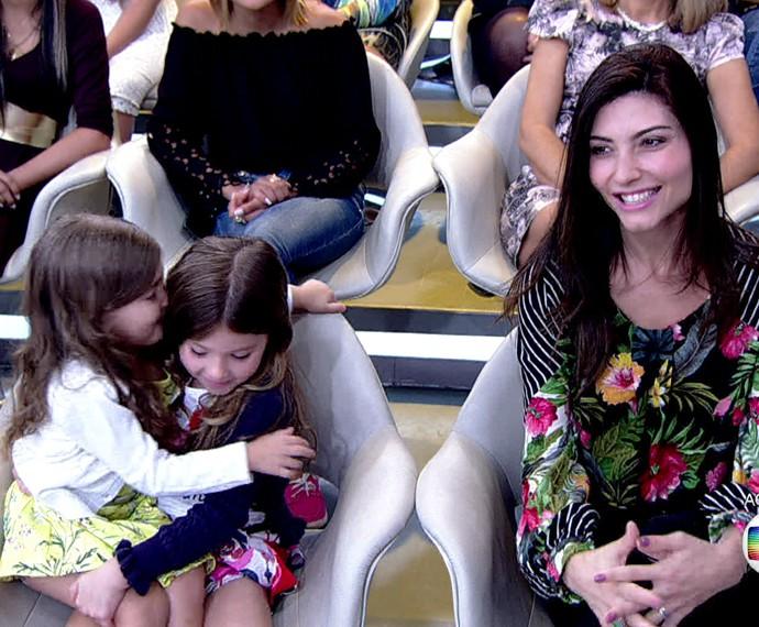 Filhas do Daniel foram com a mãe ao 'Encontro' (Foto: TV Globo)