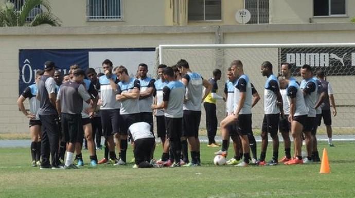 Botafogo treino Engenhão (Foto: Marcelo Baltar)