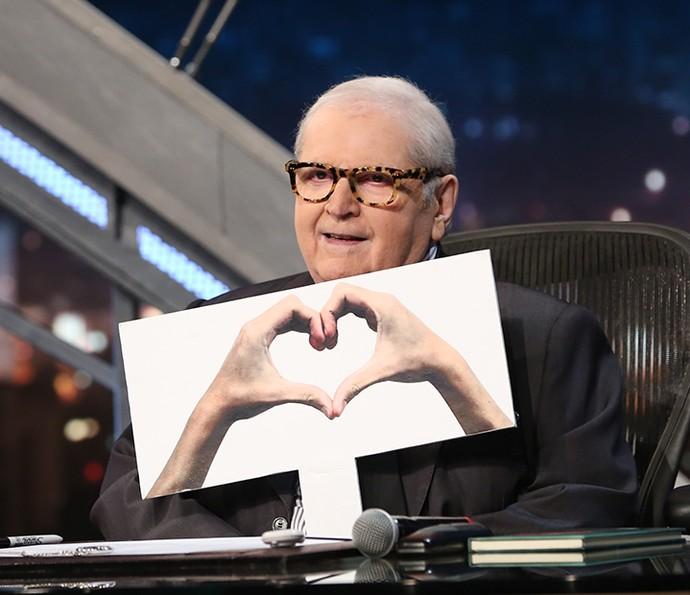 A gente <3 o estilo do Jô! Descubra qual óculos do apresentador combina mais com você! (Foto: Gshow)