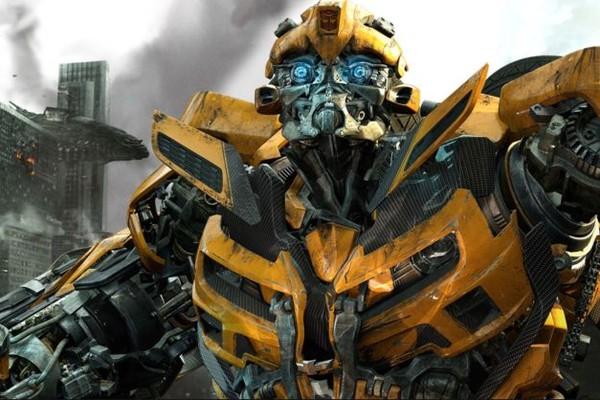 Ao lado de Optimus Prime, Bumblebee é um dos autobots mais querido dos fãs da franquia e recebe seu reconhecimento com um filme solo (Foto: Divulgação)
