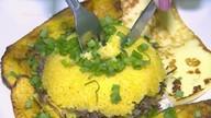 Parte 3: Veja como fazer um cuscuz recheado com carne de sol