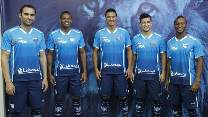 Avaí lançamento uniforme (Foto  Guilherme Lopes Avaí FC) 55394bcd52cfb