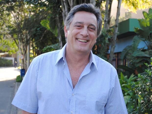 Eduardo Galvão vai interepretar o corretor de imóveis Mário, pai de Tico e Dinho (Foto: Malhação / Tv Globo)