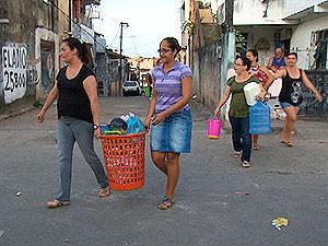 Prédio em São Marcos (Foto: Reprodução/TV Bahia)