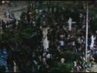 Fonte em praça de Franca vira piscina durante trote de alunos da Unesp; veja