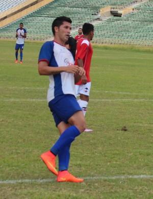 Agostinho, atacante do Enxuga Rato (Foto: Ramiro Pena/GloboEsporte.com)