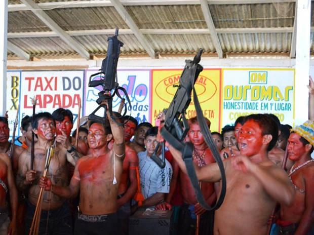Índios Munduruku não aceitaram acordo proposto em reunião nesta quinta-feira (5) em Jacareacanga, PA (Foto: Nonato Silva/Arquivo Pessoal)